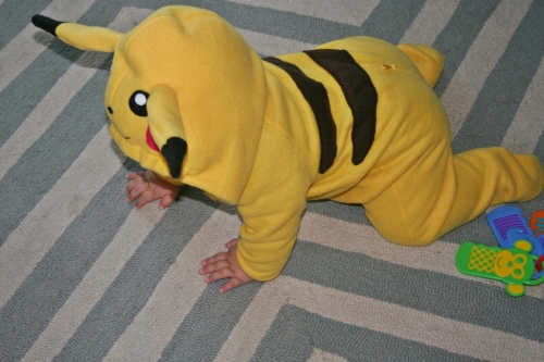 pikachu crawling